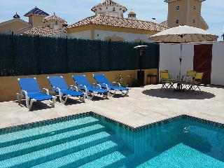 Casa Alegria, 2 beds, private pool, 3 airco's, wifi, Mazarron
