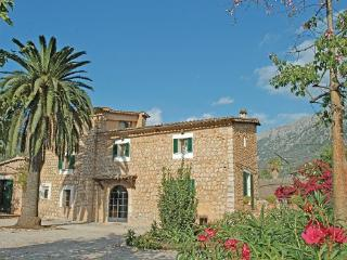 4 bedroom Villa in Soller, Balearic Islands, Mallorca : ref 2036541