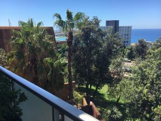 BONDI BEACH 2 BEDROOM PARKING AIRCON VIEWS