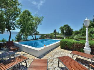 7 bedroom Villa in Starigrad, Northern Dalmatia, Croatia : ref 2044336, Seline