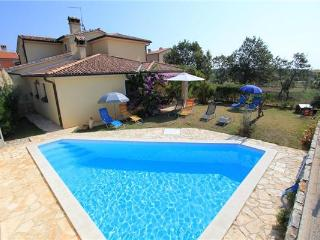 5 bedroom Villa in Liznjan, Istria, Croatia : ref 2063198