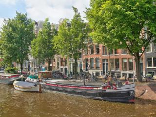 Beautiful Houseboat in the Jordaan Area, Amsterdam