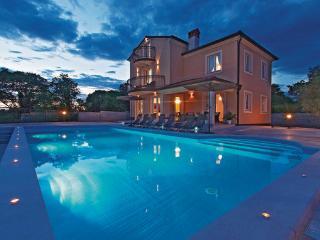 5 bedroom Villa in Rovinj, Istria, Croatia : ref 2088284, Rovinjsko Selo