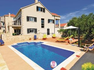 6 bedroom Villa in Korcula, South Dalmatia, Croatia : ref 2088824