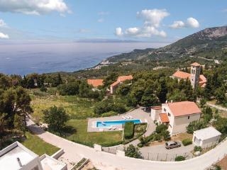 5 bedroom Villa in Makarska, Central Dalmatia, Croatia : ref 2089046, Tucepi