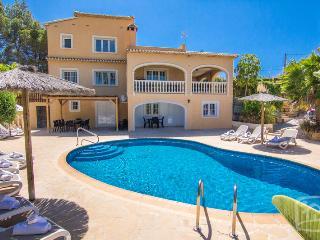 3 bedroom Villa in Calpe, Costa Blanca, Spain : ref 2096076, La Llobella