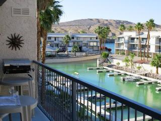 Riverfront Condo! - Marina/River View, Bullhead City