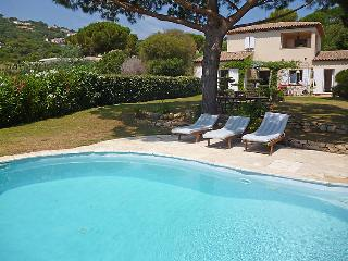 4 bedroom Villa in Saint-Tropez, Provence-Alpes-Côte d'Azur, France : ref 505176
