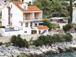 4 bedroom Villa in Razanj, Sibensko-Kninska Zupanija, Croatia : ref 5053739