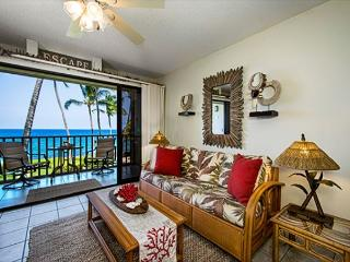 Kona Isle E23 DIRECT OCEAN FRONT, Wifi, 2nd floor, Gorgeous 1/1, Kailua-Kona