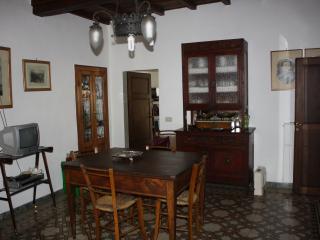 casa in borgo antico, Castel San Niccolo