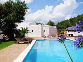 Villa in Santa Eulalia Del Rio, Ibiza, Es Codolar