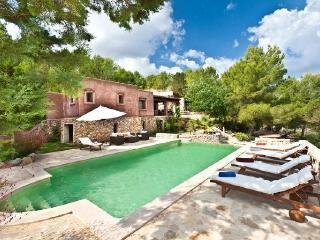 3 bedroom Villa in Santa Eulalia Del Rio, Ibiza : ref 2132893, Es Codolar