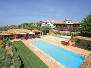 4 bedroom Villa in Boliqueime, Vilamoura, Algarve, Portugal : ref 2132991
