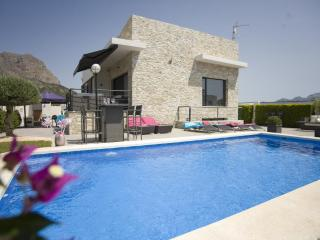 4 bedroom Villa in Altea, Alicante, Costa Blanca, Spain : ref 2135080, Xirles