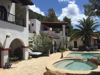 Villa in Cala Tarida, Islas Baleares, Ibiza, Sant Josep de Sa Talaia