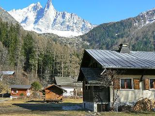 4 bedroom Villa in Chamonix   Les Praz, Savoie   Haute Savoie, France : ref 2214754