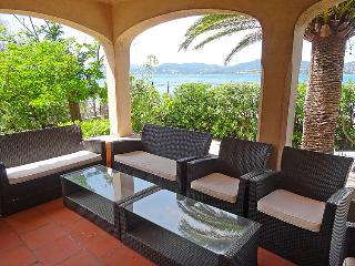 4 bedroom Villa in Saint Tropez, Cote d Azur, France : ref 2216225, Saint-Tropez
