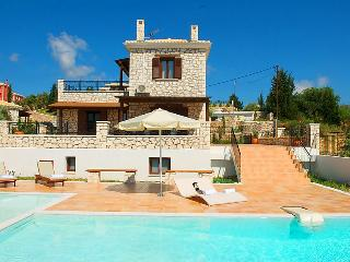2 bedroom Villa in Lefkada, Greece : ref 2216724, Katouna