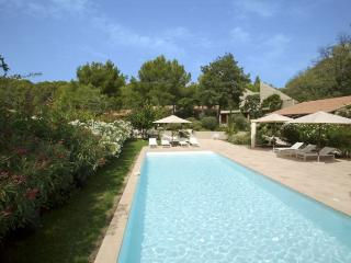 6 bedroom Villa in Pernes-les-Fontaines, Provence, France : ref 2226353, Saint-Didier