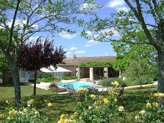 3 bedroom Villa in Nr. Duras, Lot-et-Garonne, South West France, France : ref 2226419, Esclottes