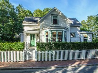 38 Pleasant Street, Nantucket