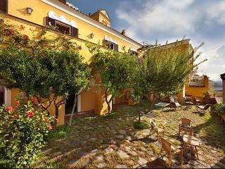 6 bedroom Villa in Positano, Positano, Amalfi Coast, Italy : ref 2230543