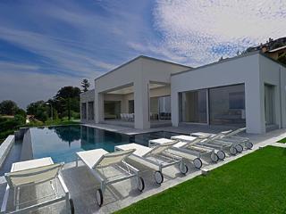 4 bedroom Villa in Stresa, Lago Maggiore, Piedmont And Lake Maggiore, Italy