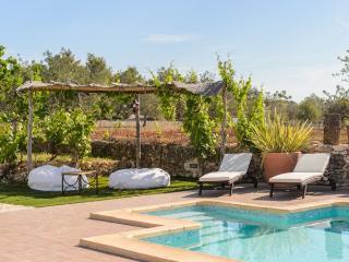 4 bedroom Villa in Sant Antoni De Portmany, Ibiza, Ibiza : ref 2232905