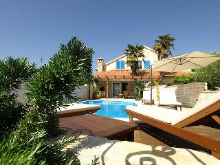 3 bedroom Villa in Ugljan Preko, North Dalmatia Islands, Croatia : ref 2235428