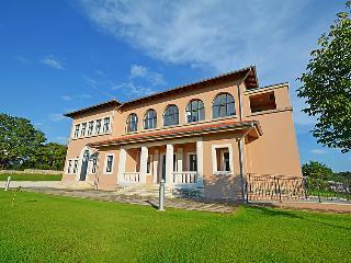 Villa in Tinjan, Istria, Croatia