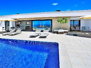 5 bedroom Villa in Moraira, Costa Blanca, Spain : ref 2236767, Teulada