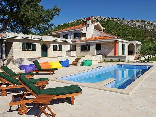 4 bedroom Villa in Trogir, Central Dalmatia, Croatia : ref 2237014, Gornji Seget