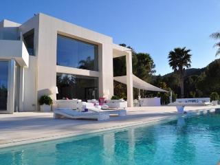 6 bedroom Villa in Playa d'en Bossa, Balearic Islands, Spain : ref 5047404