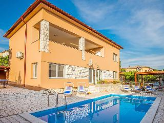 4 bedroom Villa in Novi Vinodolski, Kvarner, Croatia : ref 2242915