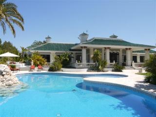 10 bedroom Villa in Fuente Nueva, Andalusia, Spain : ref 5080405