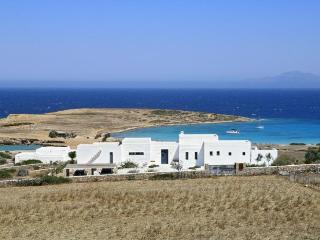 Villa in Koufonissi, Cyclades Islands, Greece, Armeni