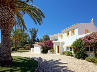 4 bedroom Villa in Alvor, Algarve, Portugal : ref 2249179