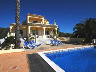 5 bedroom Villa in Loule, Algarve, Portugal : ref 2249223, Santa Barbara de Nexe