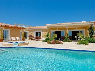 5 bedroom Villa in Praia da Luz, Algarve, Portugal : ref 2249234