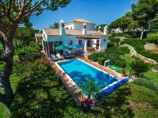 4 bedroom Villa in Quinta do Lago, Algarve, Portugal : ref 2249247