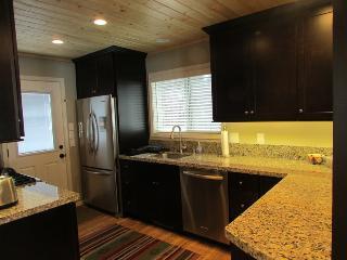 A Cozy Retreat, Homewood