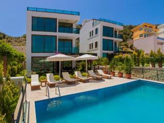 5 bedroom Villa in Kalkan, Mediterranean Coast, Turkey : ref 2249345, Unye