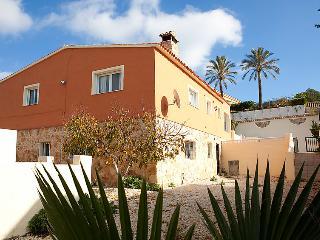 8 bedroom Villa in Calpe/Calp, Costa Blanca, Spain : ref 2250419