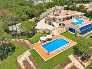 6 bedroom Villa in Quinta do Lago, Faro, Portugal : ref 5238859