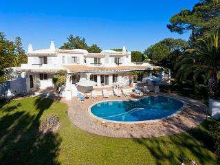 5 bedroom Villa in Quinta do Lago, Faro, Portugal : ref 5238885