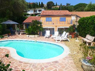 4 bedroom Villa in Le Lavandou, Cote d'Azur, France : ref 2253445