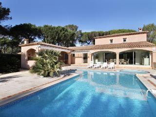 Villa in St RaphaëL, Cote d'Azur, France, Saint-Raphaël