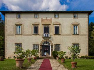 Villa in Lucca, Tuscany, Italy, Vicopelago