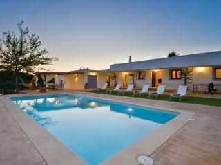 Villa in Santa Eulalia Del Río, Balearic Islands, Ibiza, Valverde